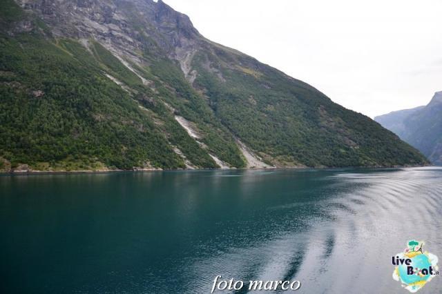 Navigazione turistica lungo il Geirangerfjord-39foto-liveboat-nord_europa-costa_luminosa-jpg