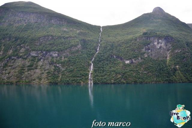 Navigazione turistica lungo il Geirangerfjord-40foto-liveboat-nord_europa-costa_luminosa-jpg