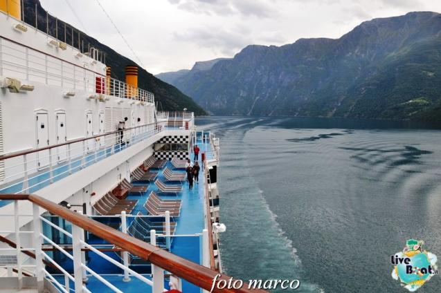 Navigazione turistica lungo il Geirangerfjord-42foto-liveboat-nord_europa-costa_luminosa-jpg
