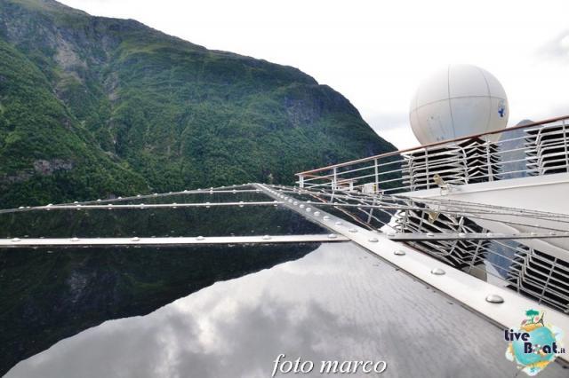 Navigazione turistica lungo il Geirangerfjord-43foto-liveboat-nord_europa-costa_luminosa-jpg