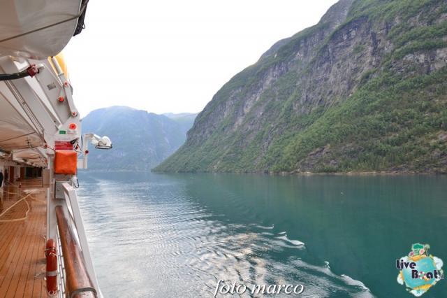 Navigazione turistica lungo il Geirangerfjord-52foto-liveboat-nord_europa-costa_luminosa-jpg