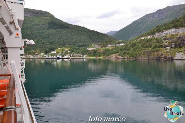 Navigazione turistica lungo il Geirangerfjord-56foto-liveboat-nord_europa-costa_luminosa-jpg