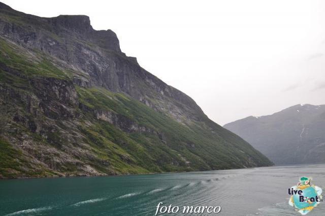 Navigazione turistica lungo il Geirangerfjord-61foto-liveboat-nord_europa-costa_luminosa-jpg
