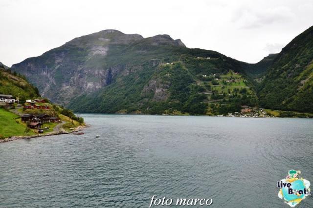 Navigazione turistica lungo il Geirangerfjord-68foto-liveboat-nord_europa-costa_luminosa-jpg