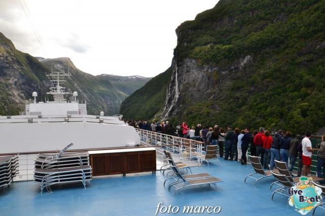 Navigazione turistica lungo il Geirangerfjord-118foto-liveboat-nord_europa-costa_luminosa-jpg