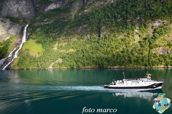 Navigazione turistica lungo il Geirangerfjord-119foto-liveboat-nord_europa-costa_luminosa-jpg