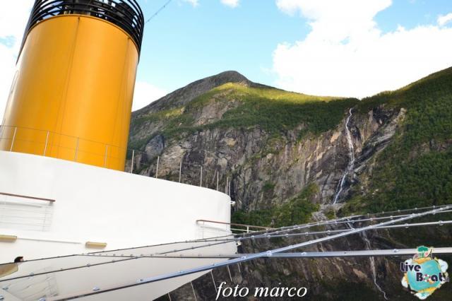 Navigazione turistica lungo il Geirangerfjord-125foto-liveboat-nord_europa-costa_luminosa-jpg