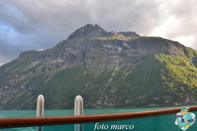 Navigazione turistica lungo il Geirangerfjord-129foto-liveboat-nord_europa-costa_luminosa-jpg
