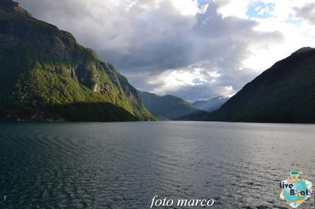 Navigazione turistica lungo il Geirangerfjord-130foto-liveboat-nord_europa-costa_luminosa-jpg
