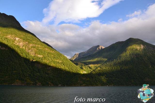 Navigazione turistica lungo il Geirangerfjord-134foto-liveboat-nord_europa-costa_luminosa-jpg