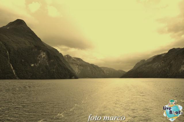 Navigazione turistica lungo il Geirangerfjord-136foto-liveboat-nord_europa-costa_luminosa-jpg