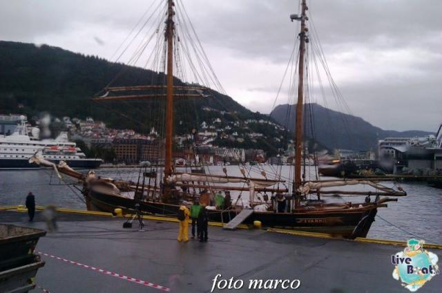 Cosa visitare a Bergen -Norvegia--231foto-liveboat-nord_europa-costa_luminosa-jpg