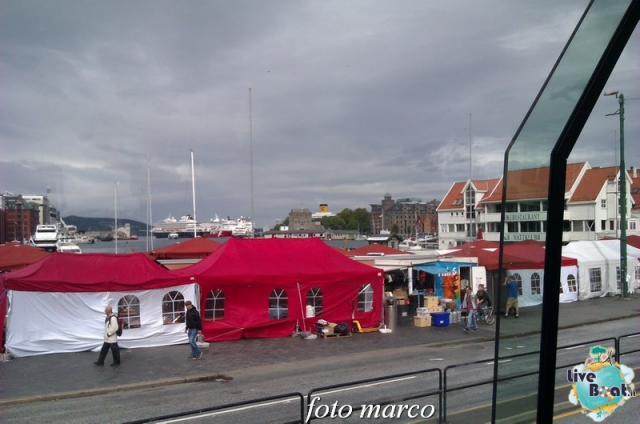 Cosa visitare a Bergen -Norvegia--234foto-liveboat-nord_europa-costa_luminosa-jpg