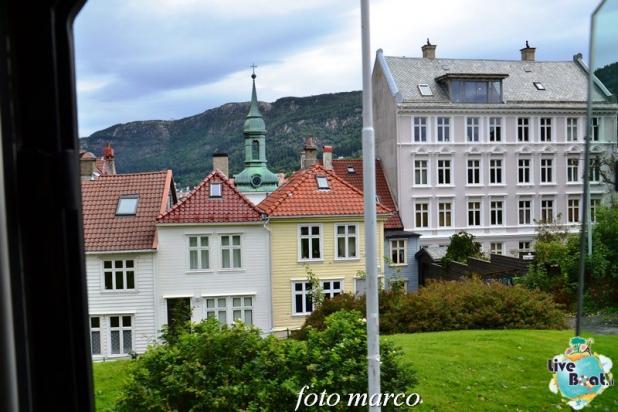 Cosa visitare a Bergen -Norvegia--236foto-liveboat-nord_europa-costa_luminosa-jpg