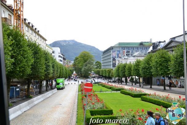 Cosa visitare a Bergen -Norvegia--238foto-liveboat-nord_europa-costa_luminosa-jpg