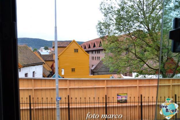 Cosa visitare a Bergen -Norvegia--242foto-liveboat-nord_europa-costa_luminosa-jpg