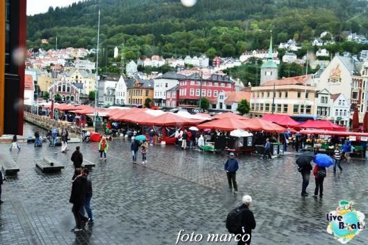 Cosa visitare a Bergen -Norvegia--245foto-liveboat-nord_europa-costa_luminosa-jpg
