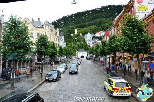 Cosa visitare a Bergen -Norvegia--248foto-liveboat-nord_europa-costa_luminosa-jpg