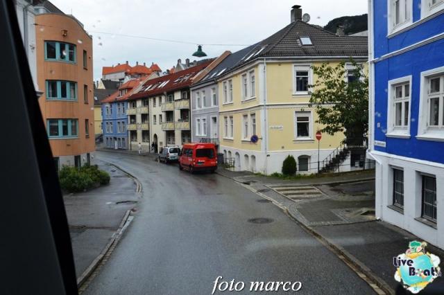 Cosa visitare a Bergen -Norvegia--249foto-liveboat-nord_europa-costa_luminosa-jpg