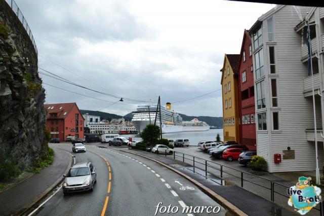 Cosa visitare a Bergen -Norvegia--252foto-liveboat-nord_europa-costa_luminosa-jpg