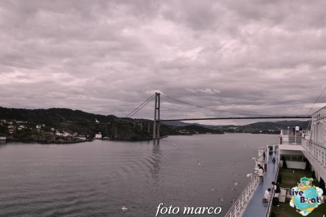 Cosa visitare a Bergen -Norvegia--262foto-liveboat-nord_europa-costa_luminosa-jpg