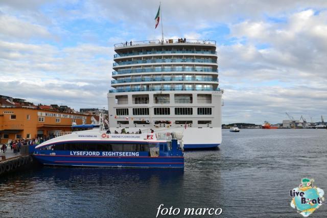 Cosa visitare a Stavanger-265foto-liveboat-nord_europa-costa_luminosa-jpg