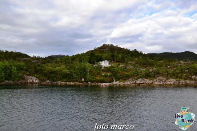 Cosa visitare a Stavanger-271foto-liveboat-nord_europa-costa_luminosa-jpg