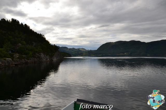 Cosa visitare a Stavanger-273foto-liveboat-nord_europa-costa_luminosa-jpg