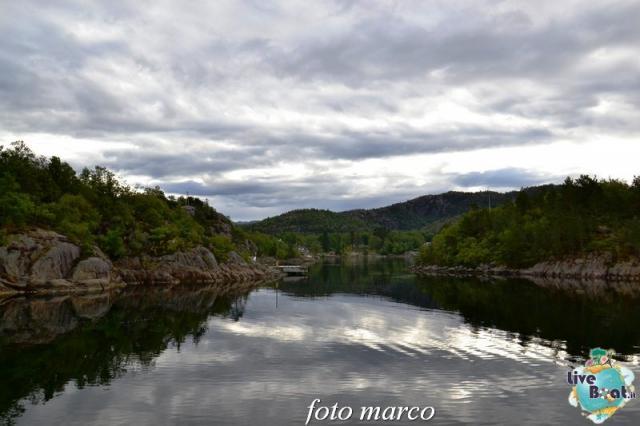 Cosa visitare a Stavanger-276foto-liveboat-nord_europa-costa_luminosa-jpg