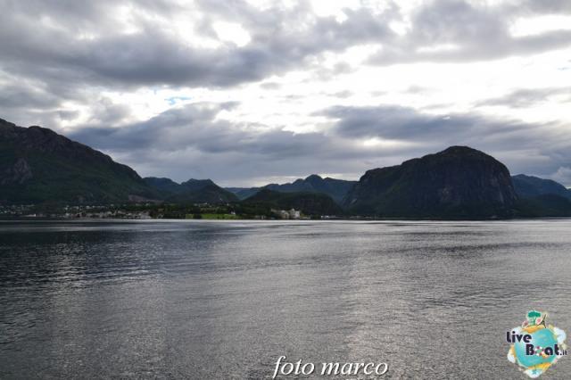 Cosa visitare a Stavanger-285foto-liveboat-nord_europa-costa_luminosa-jpg