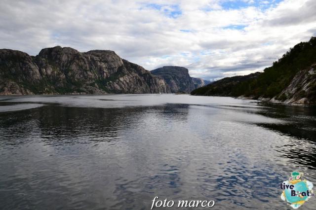Cosa visitare a Stavanger-294foto-liveboat-nord_europa-costa_luminosa-jpg