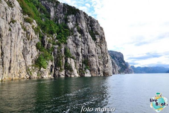 Cosa visitare a Stavanger-298foto-liveboat-nord_europa-costa_luminosa-jpg