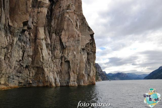 Cosa visitare a Stavanger-312foto-liveboat-nord_europa-costa_luminosa-jpg