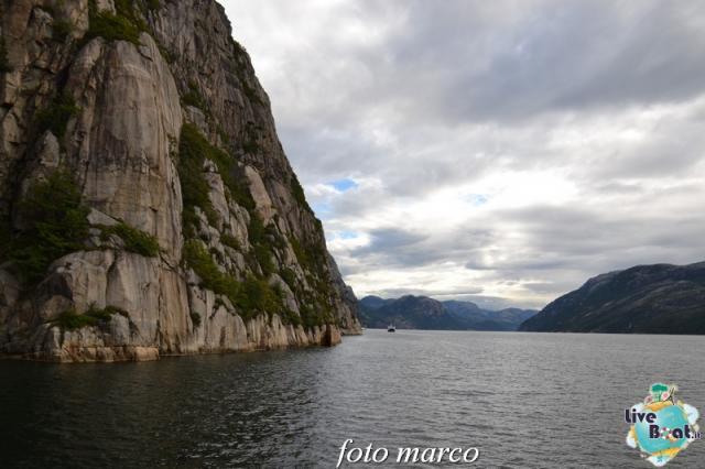 Cosa visitare a Stavanger-313foto-liveboat-nord_europa-costa_luminosa-jpg