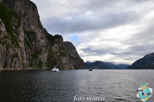 Cosa visitare a Stavanger-317foto-liveboat-nord_europa-costa_luminosa-jpg