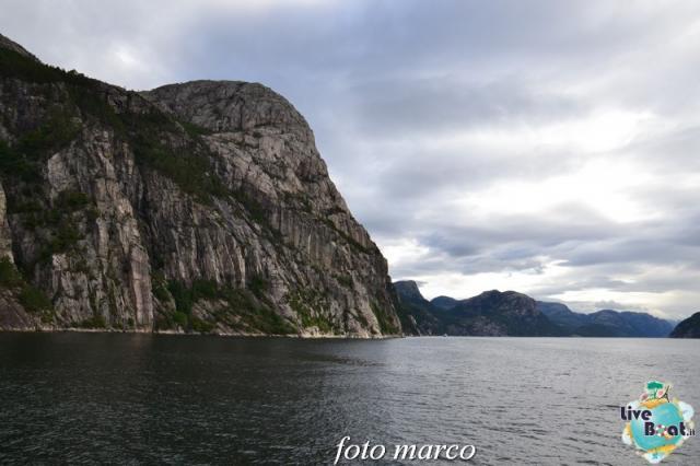 Cosa visitare a Stavanger-319foto-liveboat-nord_europa-costa_luminosa-jpg