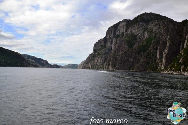Cosa visitare a Stavanger-326foto-liveboat-nord_europa-costa_luminosa-jpg