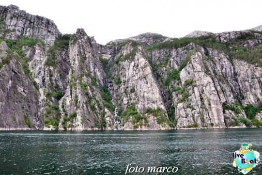 Cosa visitare a Stavanger-327foto-liveboat-nord_europa-costa_luminosa-jpg