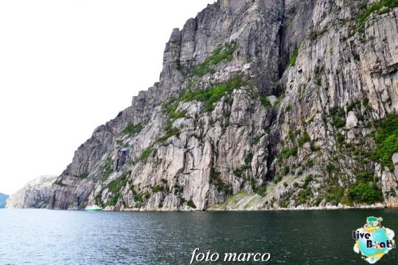 Cosa visitare a Stavanger-329foto-liveboat-nord_europa-costa_luminosa-jpg