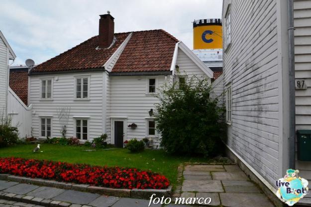 Cosa visitare a Stavanger-348foto-liveboat-nord_europa-costa_luminosa-jpg