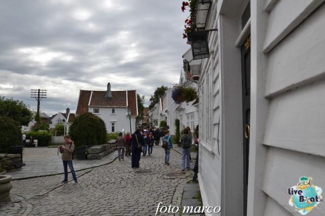 Cosa visitare a Stavanger-352foto-liveboat-nord_europa-costa_luminosa-jpg