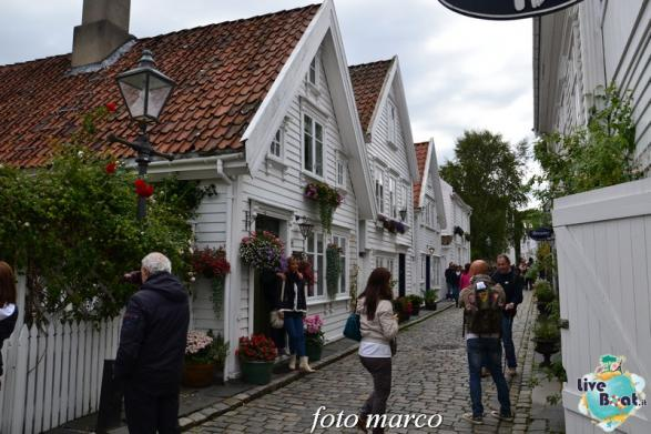 Cosa visitare a Stavanger-354foto-liveboat-nord_europa-costa_luminosa-jpg