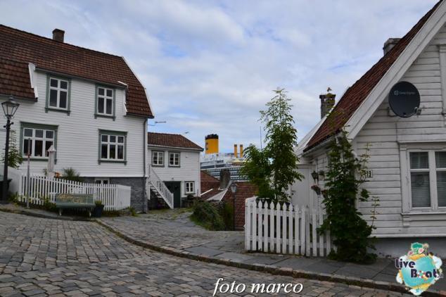 Cosa visitare a Stavanger-356foto-liveboat-nord_europa-costa_luminosa-jpg