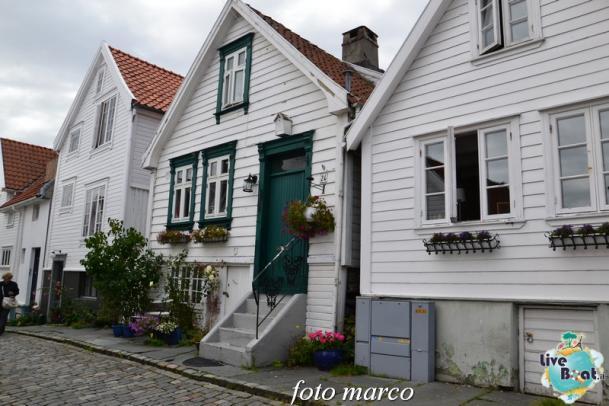 Cosa visitare a Stavanger-359foto-liveboat-nord_europa-costa_luminosa-jpg