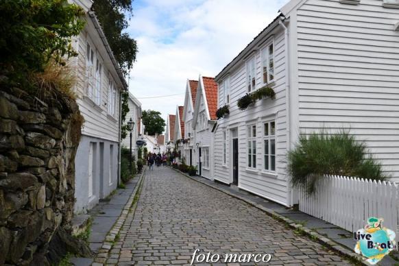 Cosa visitare a Stavanger-361foto-liveboat-nord_europa-costa_luminosa-jpg