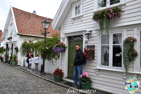 Cosa visitare a Stavanger-362foto-liveboat-nord_europa-costa_luminosa-jpg