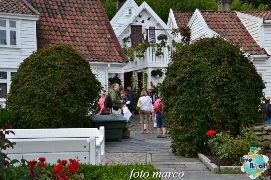 Cosa visitare a Stavanger-368foto-liveboat-nord_europa-costa_luminosa-jpg