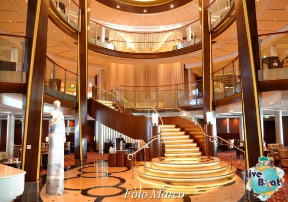 Grand Foyer di  Celebrity Silhouette-1foto-liveboat-celebrity_silhouette-jpg