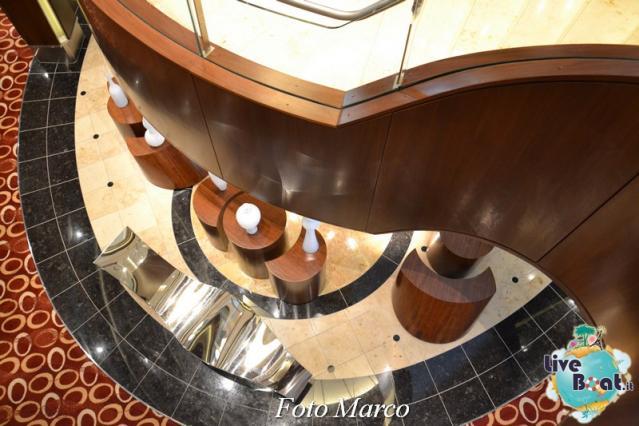 Grand Foyer di  Celebrity Silhouette-11foto-liveboat-celebrity_silhouette-jpg