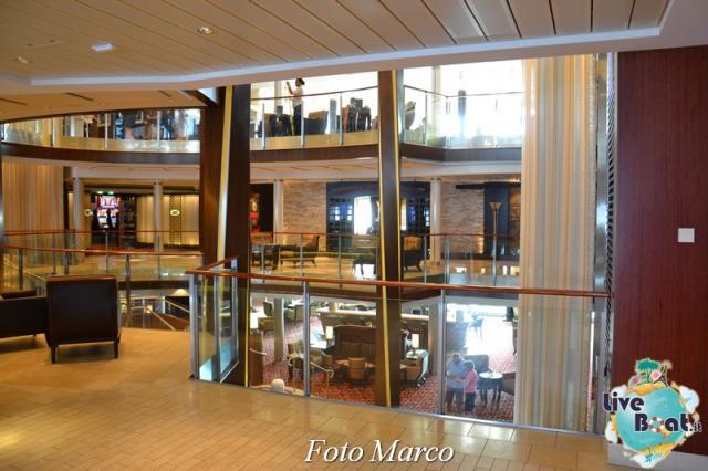 Grand Foyer di  Celebrity Silhouette-17foto-liveboat-celebrity_silhouette-jpg
